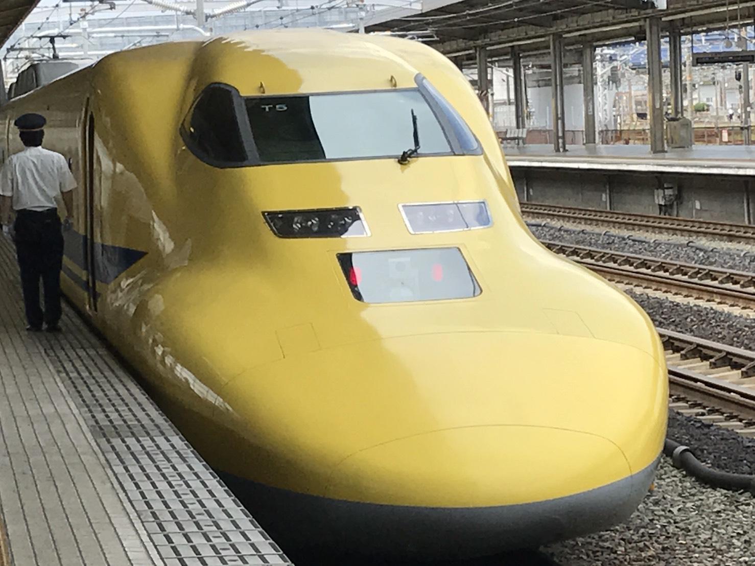 ドクターイエロー・豊橋駅にて②